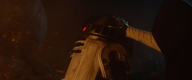 Star-Wars-7-Force-Awakens-Teaser-Trailer-2-R2D2