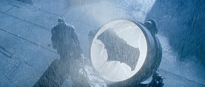 hi res Batman-V-Superman-Batsignal-