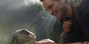 chris-pratt-pets-a-baby-raptor-in-the-first-look-at-jurassic-world-2