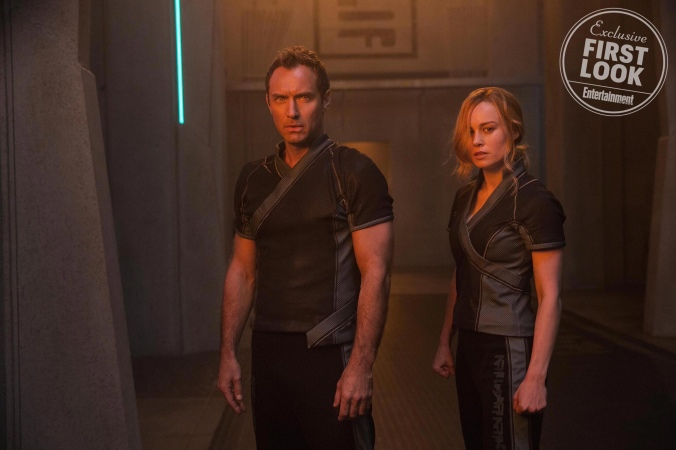 captain-marvel-young-nick-fury-starforce-more-revealed-in-new-images/